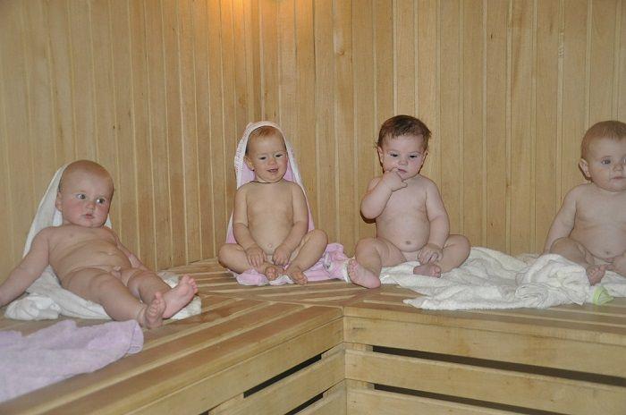 парни в бане